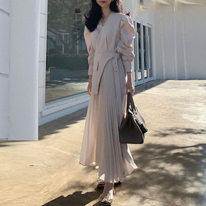 【ワンピース】女子マスト ファッションVネックAラインプリーツスカートギャザー飾りベルト付きワンピース38203359