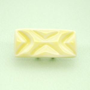 <通年>シンプルしかく帯留め(彫り/黄色)