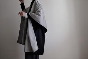ロング ケープ リバーシブルコート Re_1say/ ポリ ダブルフェイス 【 ブラックとグレー 】long cape reversible coat / double face polyester【 black & gray 】