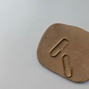 Oval hook pierce/gold
