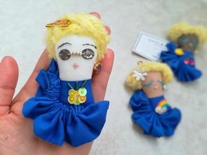 【FACE  ブローチ&キーチャーム】パイナップルgirl(Deepブルー)