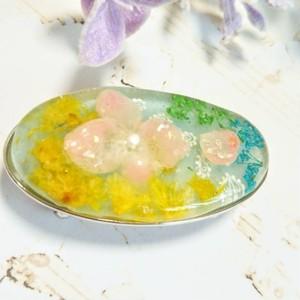 紫陽花とかすみ草の帯留め(1点物)