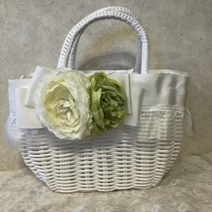 フリルとリボンのカゴバック ホワイト お花
