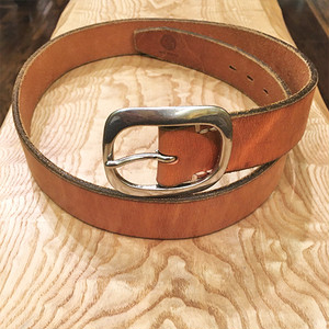 Vintage Leather Belt / Brown with Silver Buckle【特価処分セール】在庫限り! 通常価格の55%OFF!!