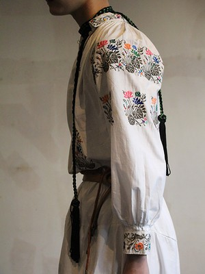 40s Embroidered Smock dress