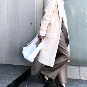 GAWN COAT/OFF BEIGE