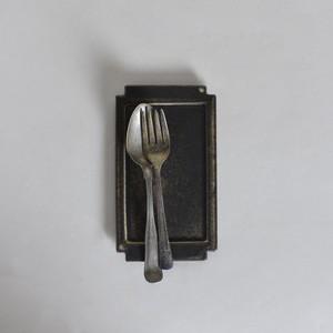 rpm / トレイ プレート 【小】 こげ茶〈陶器 / 食器 / お皿 / コイントレー〉