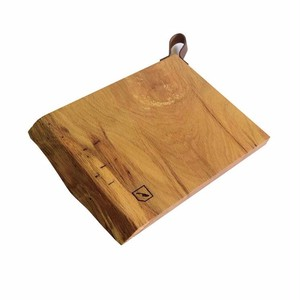 OAK CUTTING BORD