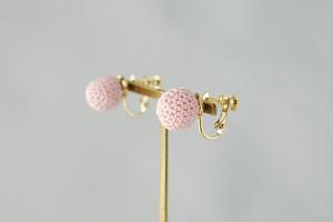 bonbon 桜色のボールイヤリング