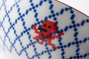 網目 茶碗 / The Porcelains