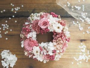 Petite Couronne<Rose douce>*パステルカラー・幸せ舞い込むリース ミニ*お祝い・プリザーブドフラワー*花*ギフト
