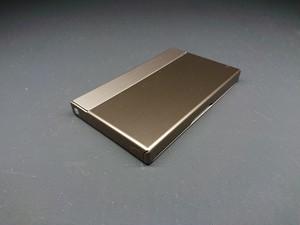 アルミニウム製名刺カードケース ブロンズ色
