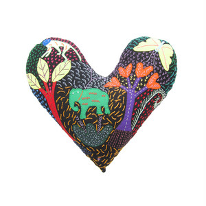 手刺繍のハートクッション 6 / Heart Cousion 6