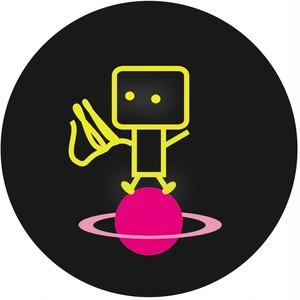 缶バッヂ(robot)
