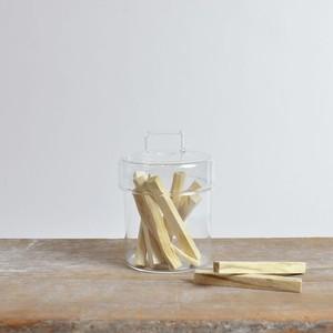 香木 Palo Santo キャニスター入り(10本) 〈 パロサント / ディスプレイ / ヨガ / お香 / 芳香剤 〉