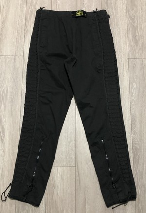 AW2003 STONE ISLAND LACED UP TROUSERS