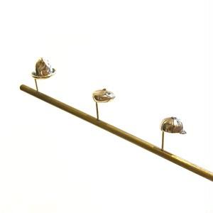 【帽子モチーフピアス】 マウンテンハット、ベレー帽、キャップ