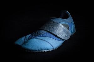 Toe-Bi (トゥービ) NAVY BLUE