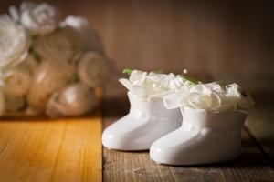 【花のプレゼント・出産祝い】プリザーブドフラワー(ベビーシューズ)2個セット ホワイト