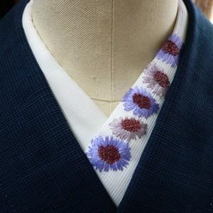 pivoneさんのフランス刺繍半襟「松虫草」