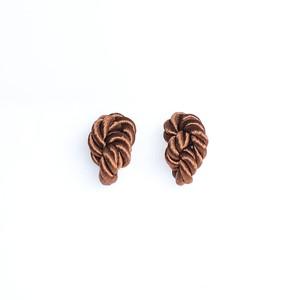 NOEUD (ヌー) 8knotで作られたアクセサリー 【ピアス・イヤリング】カラー:ブラウン