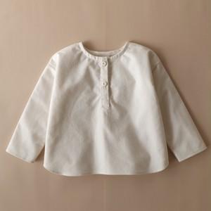 フランネルのヘンリーネックシャツ