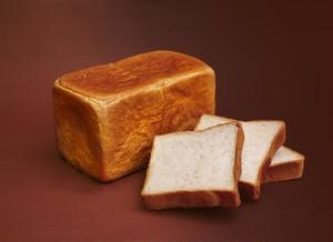 """自家栽培小麦にバターと生クリームが入った食パン """"西宮六寸""""(1.5斤)"""