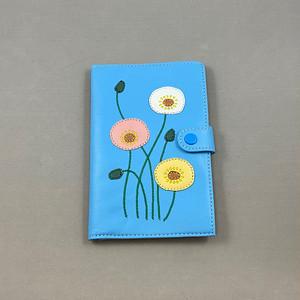 おくすり手帳ケース(ブルー、ポピー柄)No.03007-13