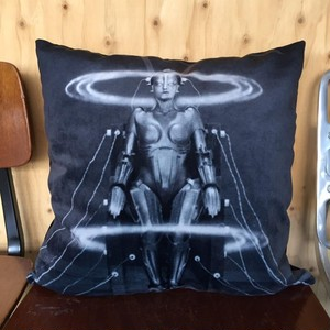 DIEGO / IMPORT SELECT PILLOWCASE // metropolis -C-