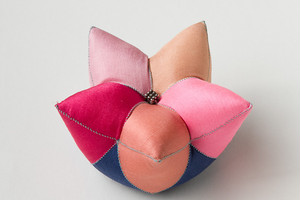 星の針山(ピンク)