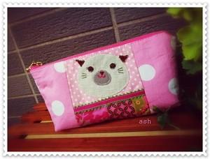 ポーチ ピンクのパッチワーク 中学生女の子猫さんアップリケ