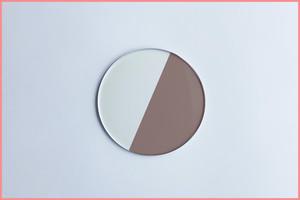 ブラウン調光レンズ(薄型 非球面レンズ)