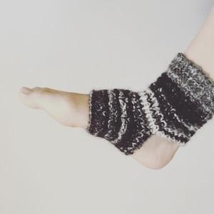 手紡ぎ糸のヨガソックス