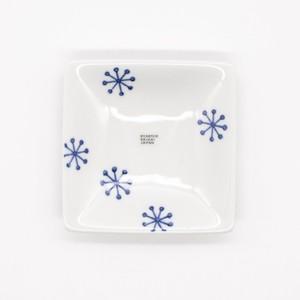 【限定1点 アウトレット品】波佐見焼 essence 判子 角小皿ゆきはな 253981 豆豆市146