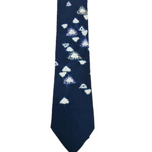 ネクタイ 三角鱗模様
