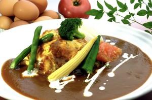 【卵's工房】季節の温野菜オムライス