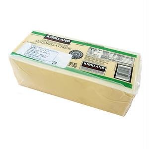 コストコ カークランドシグニチャー モッツァレラローフ 2.72kg | Costco Kirkland Signature mozzarella loaf 2.72kg