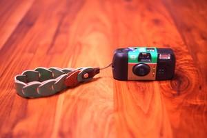 folklole mini / Hand Strap #8【ウロコのようなカメラストラップ】