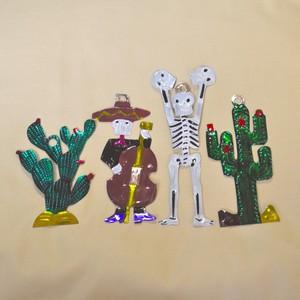 メキシコ ブリキのオーナメント 4セット(ガイコツ×2・サボテン×2)