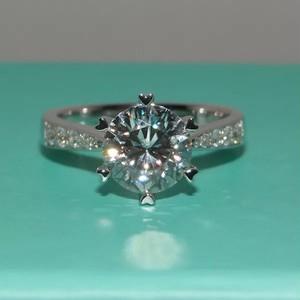 モアサナイト ダイヤモンド 1カラット  プラチナ