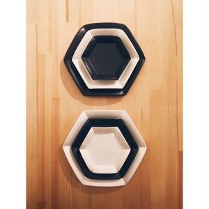 六角花皿 白、黒 大中小6枚セット