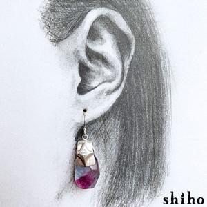 片耳販売/フローライト×ロイヤルブルームーンストーンのピアス【dress up pierce(sv)<Fluorite/Royal blue moonstone>】