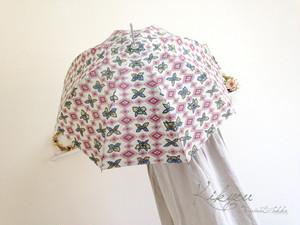 グレー地にお花柄の日傘