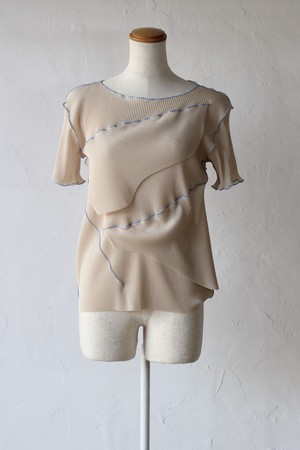 【kotohayokozawa】pleats top short sleeve-beige