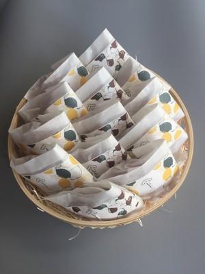 竹かご入り 果子ケーキ2種13個 詰合せ (レモン・木の実)