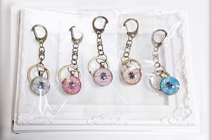 メンバー特製オリジナルチャーム付きキーホルダー(Key ring with member special original charm)