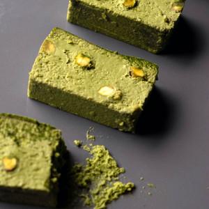 6月限定フレーバー″Matcha pistachio″チーズケーキ
