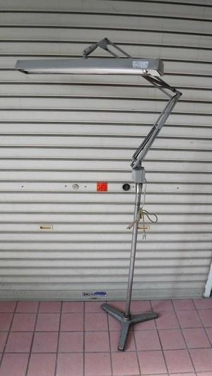 山田照明 タスクライト【グレー】(0819301S160)