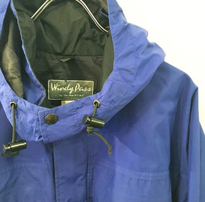 「Windy Pass」 by The North Face : GORE-TEX parka (used)