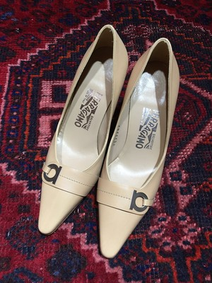 .Salvatore Ferragamo GANCINI LOGO LEATHER PUMPS MADE IN ITALY/サルヴァトーレフェラガモガンチーニロゴレザーパンプス 2000000036847